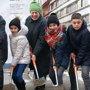 Spatenstich für Erweiterung der Volksschule Novaragasse