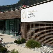 KünstlerInnen der MUK beim Forum Alpbach