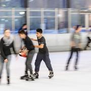 Sommerliches Eislaufen zurück in der EisStadthalle