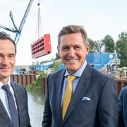 Wien Holding: Gigantisches Hafentor im Hafen Albern eingebracht